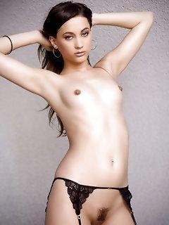Hairy Erotic Babes Pics
