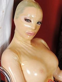 Babes Wearing Mask Pics