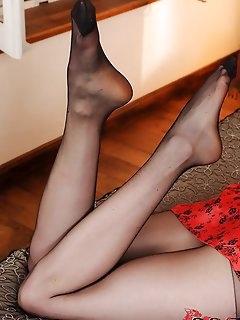 Pantyhose Hot Babes Pics
